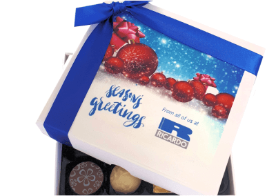 chocolate-box-with-a-printed-lid