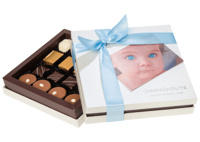 16 chocolate luxury box with printed card