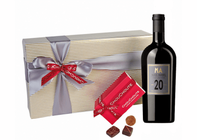 20-years aged port & chocolates hamper