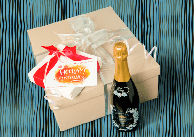 Champagne hamper with printed card