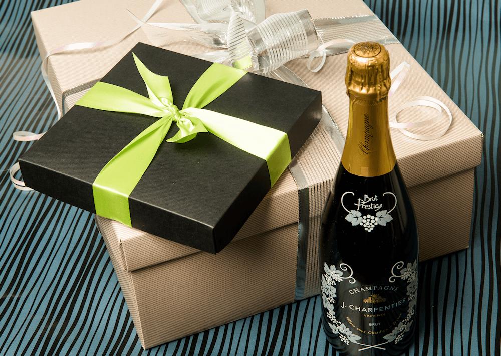 Unbranded hamper gifts